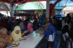 Rombongan makan siang