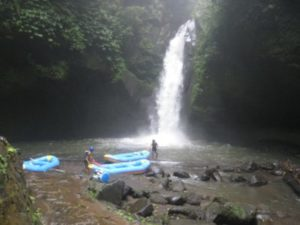 Air terjun Bali Paradise rafting