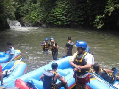 Rafting di Bali ayung river