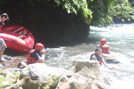 Tour rafting telaga waja di Bali murah