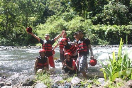 Arung jeram Telaga Waja river