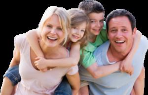 Liburan bersama keluarga bahagia