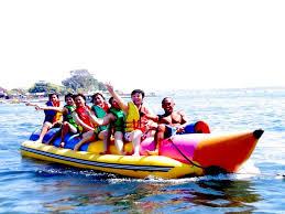 Main Banana Boat Bisa 7 orang
