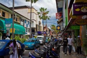 Jalan Jalan Di Kuta Bali
