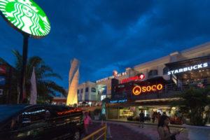 Jalan jalan Discovery Mall Kuta