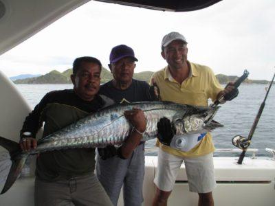 Bulan baik mancing mania Fishing in Bali with bali yacht boat