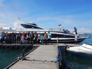 Paket tour full day nusa penida