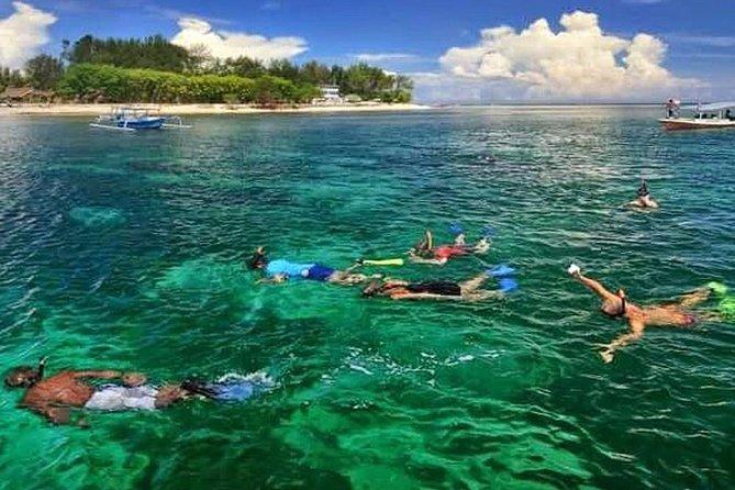 Menikmati Snorkeling Yang Indah Gili Trawangan Tour