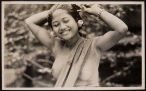 Wanita Bali Tempo Dulu Tanpa Busana