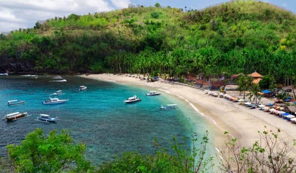 Crystal Bay Bali nusa penida tour wisata mewah