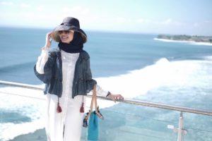 hijab untuk ke pantai