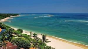 pantai seminyak indanya